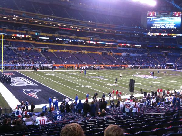 Super Bowl XLVI warmups