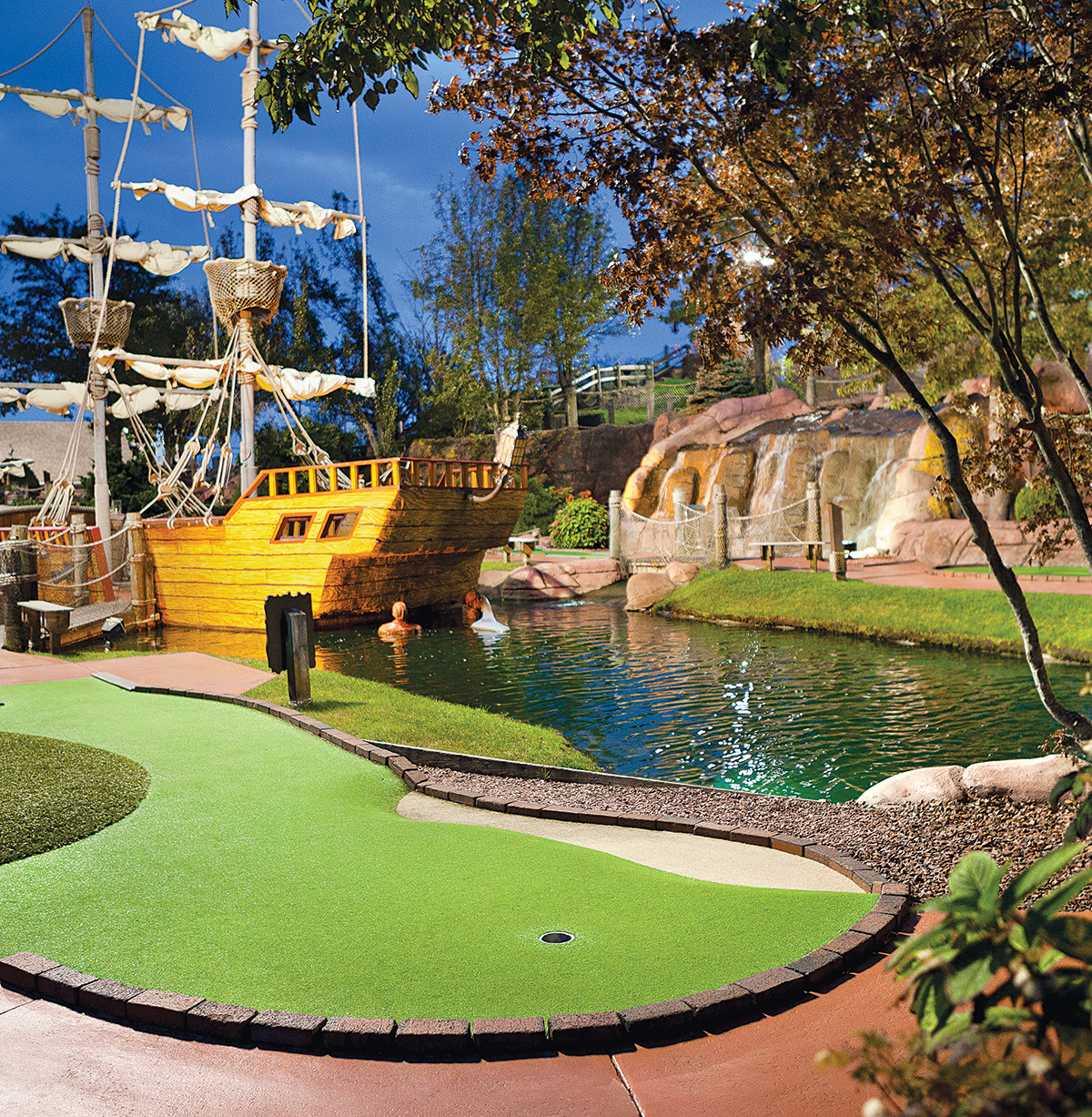 Mini golf at Pirate's Cove (Photo by Trent Bell).