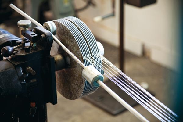 mesh-making machine