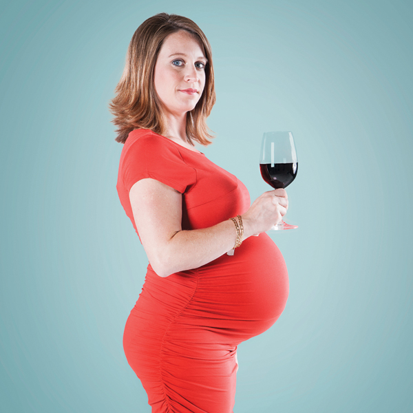 drink alcohol while pregnant