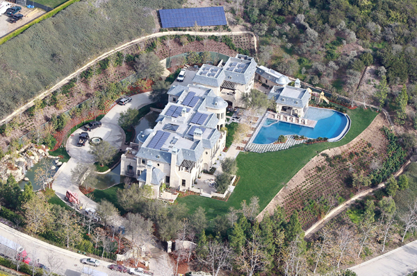 Tom Brady And Gisele Bundchen S New Mansion Is Complete