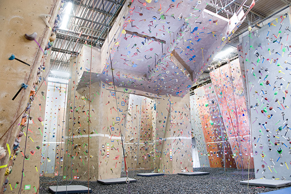 Boston indoor rock climbing