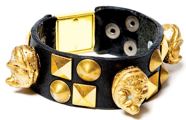Zack Lo accessories