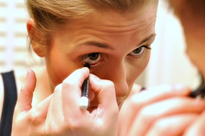Eyeliner   Photo by Julie DiGiovine