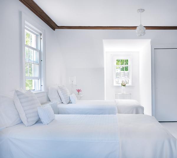 white home design fernanda bourlot