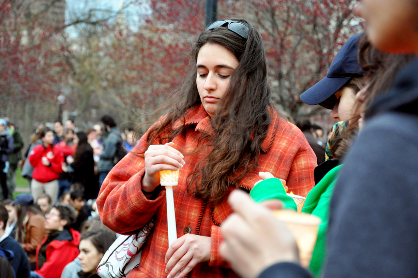 Mourners gathered on the Boston Common on April 16 for a vigil. Photo by Regina Mogilevskaya