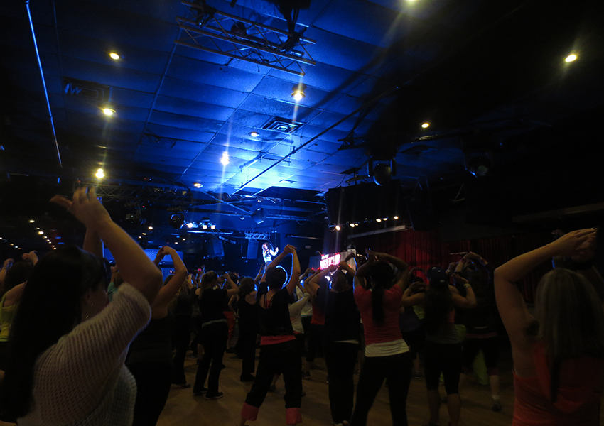 Zumba can burn up to 1000 calories a class.