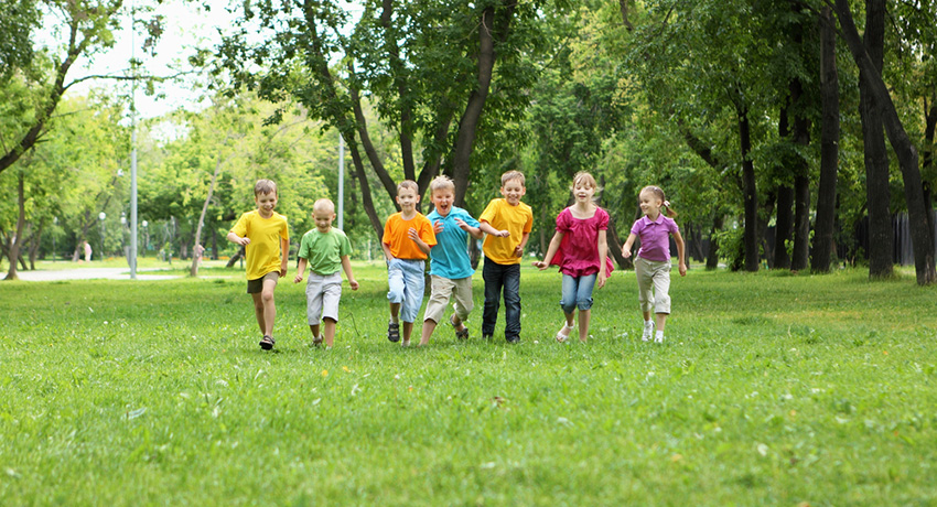 Get your kids outside this summer. Photo via Shutterstock