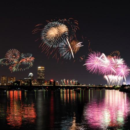fourth-of-july-fireworks-boston-sq