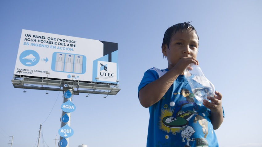 Water Billboard in Peru/Photo via BSA