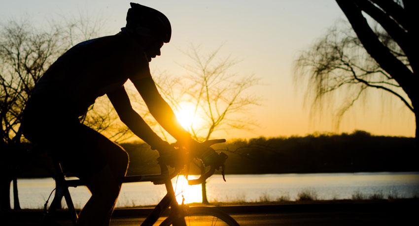 Cyclist image via shutterstock