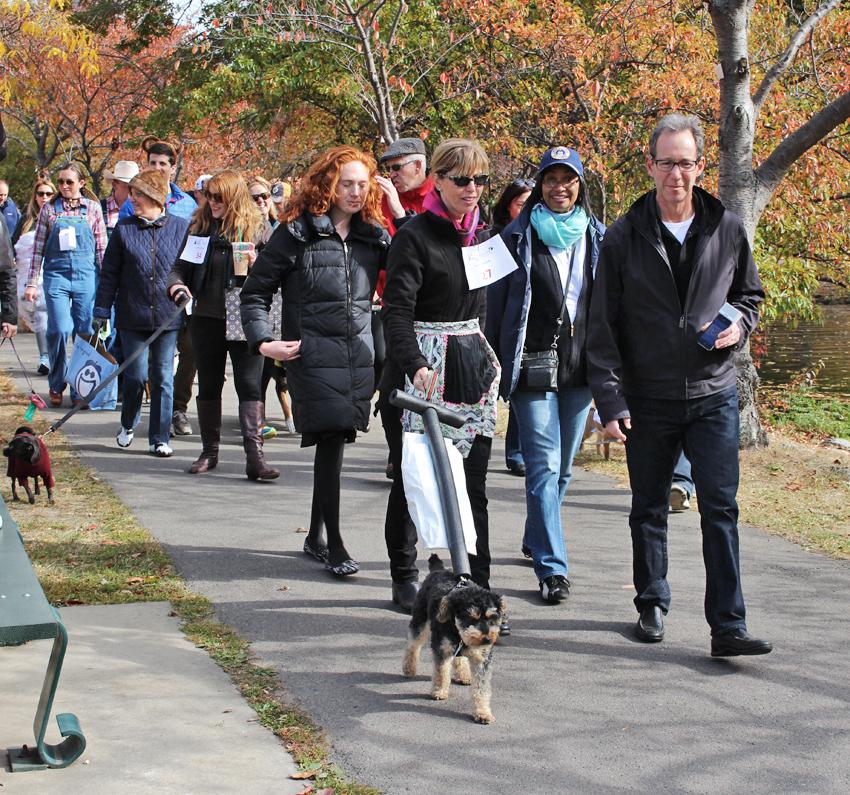 canine promenade 2013