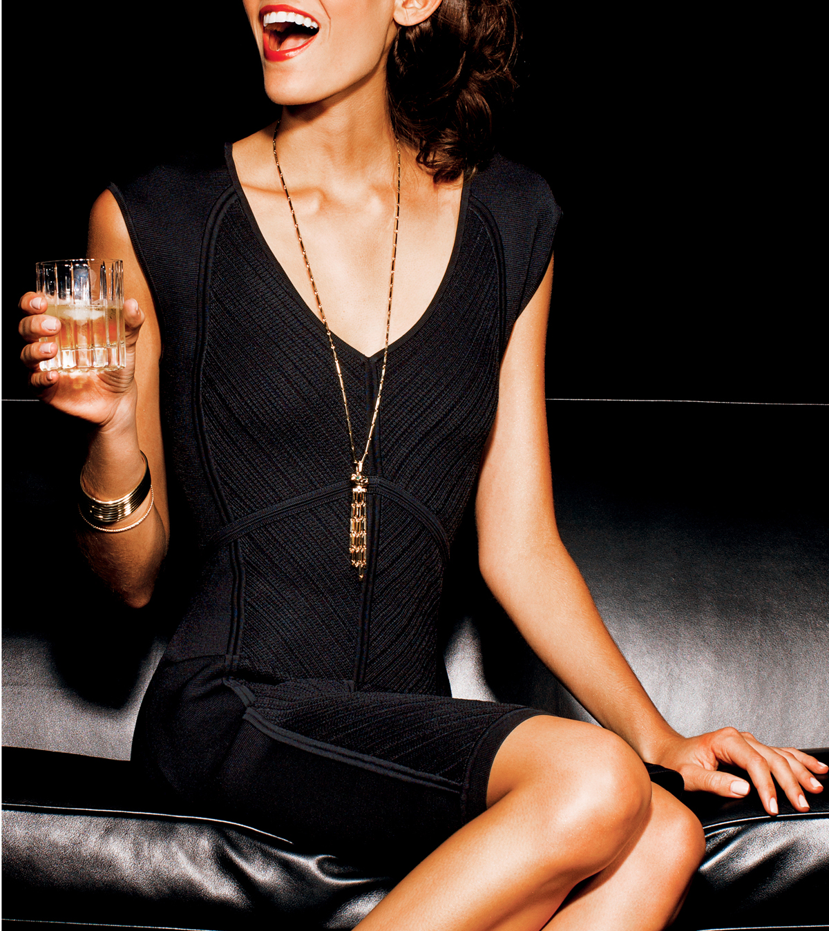 holiday-party-little-black-dress-jewelry-3