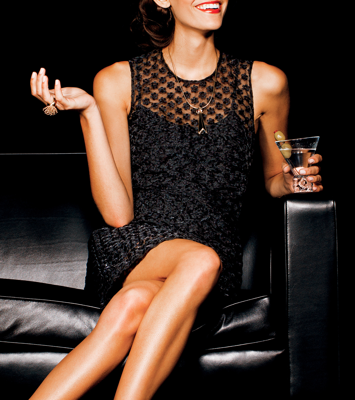 holiday-party-little-black-dress-jewelry-4