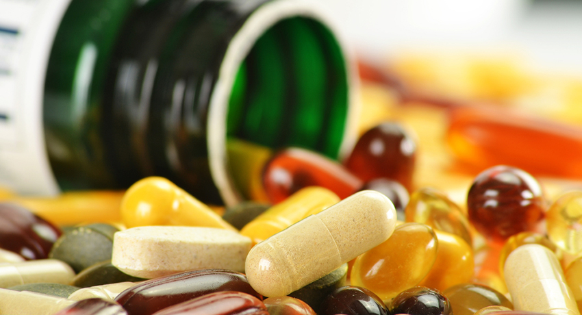 Supplements image via Shutterstock