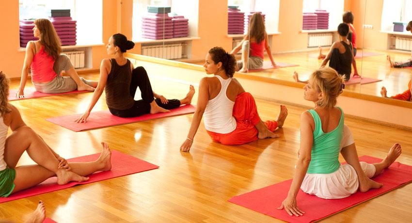 Yoga class image via shutterstock