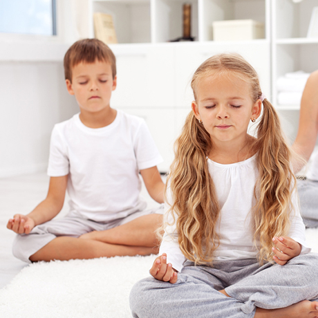 kids-yoga-square