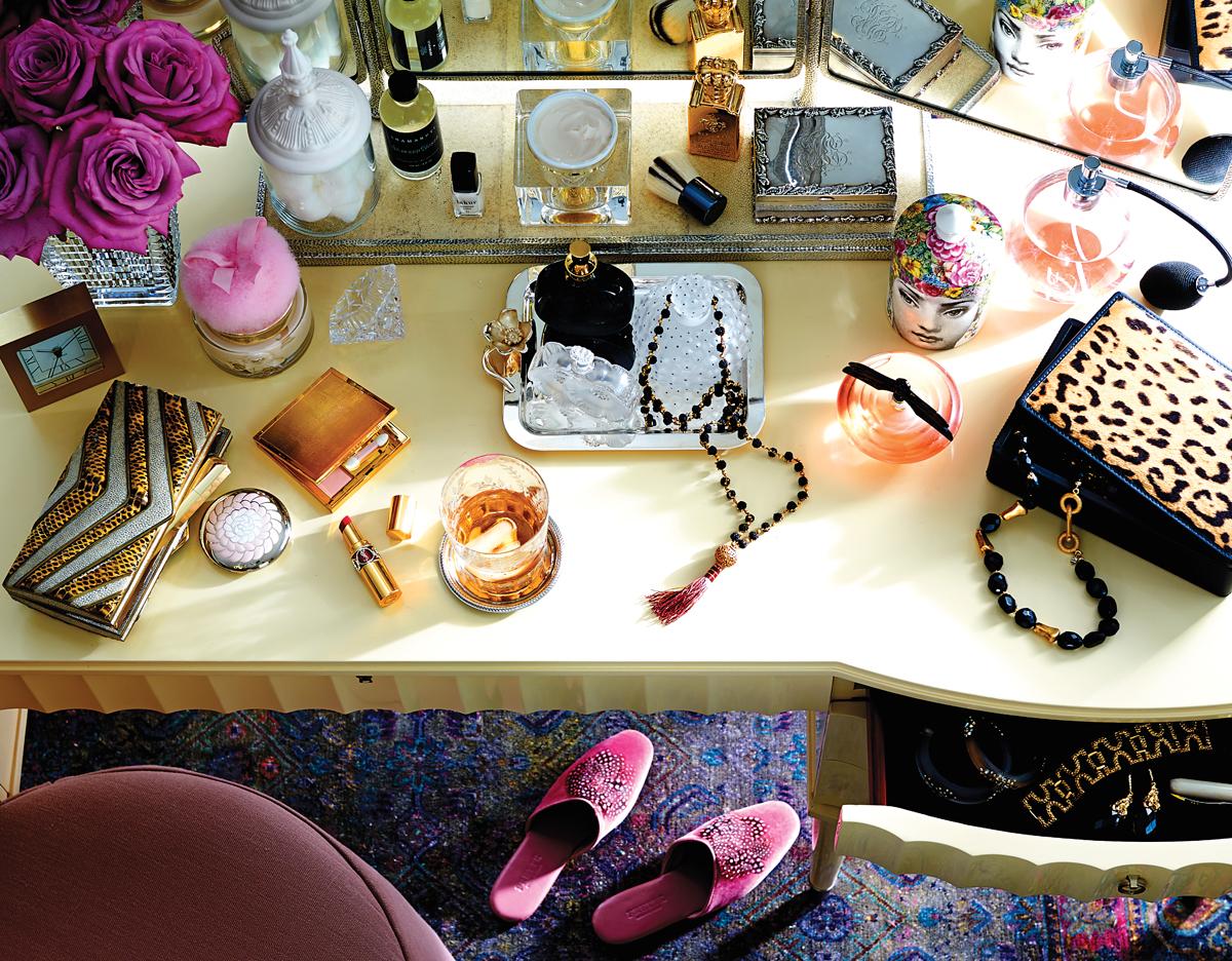 vanity furniture mirror beauty accessories