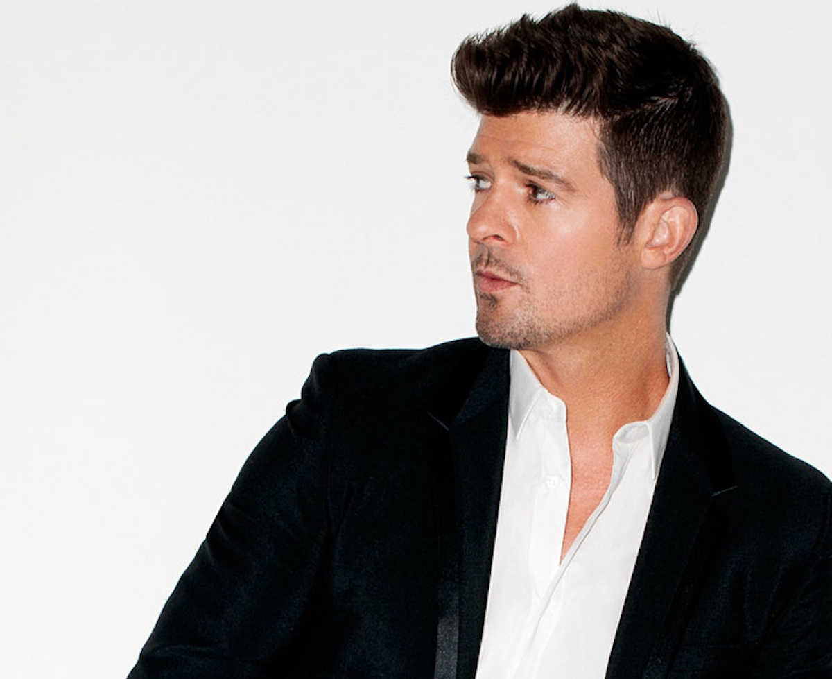 Photo via Robin Thicke on Facebook