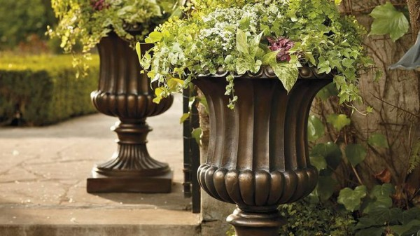 FrontGate Tuscany Urn