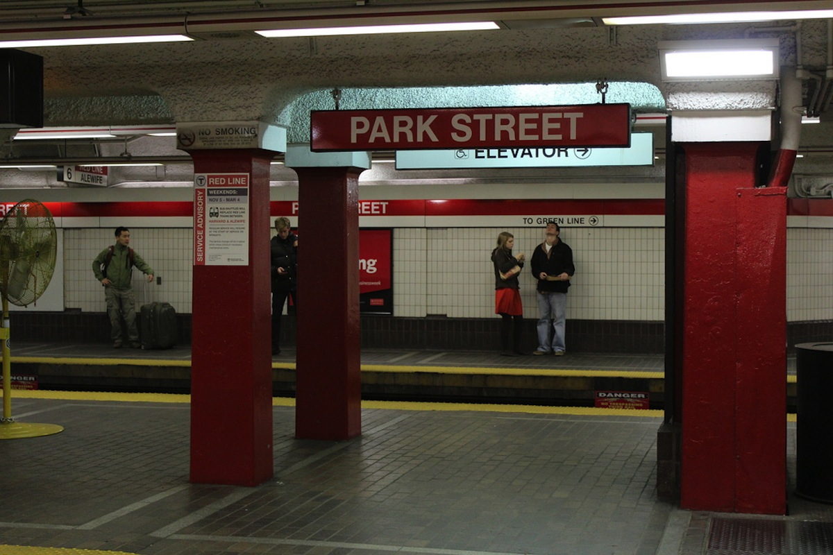 MBTA Photo Uploaded by Shinya on Flickr