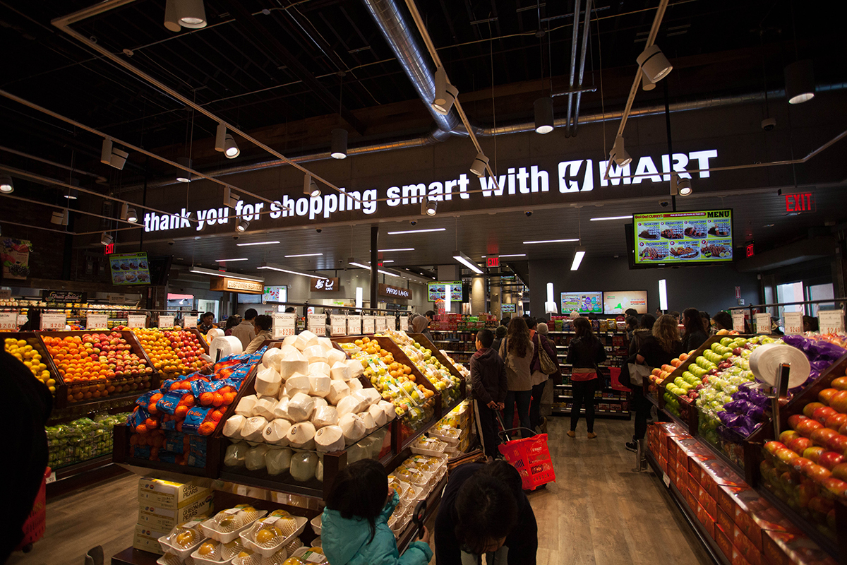 Scenes From the New H Mart in Central Square - Boston Magazine
