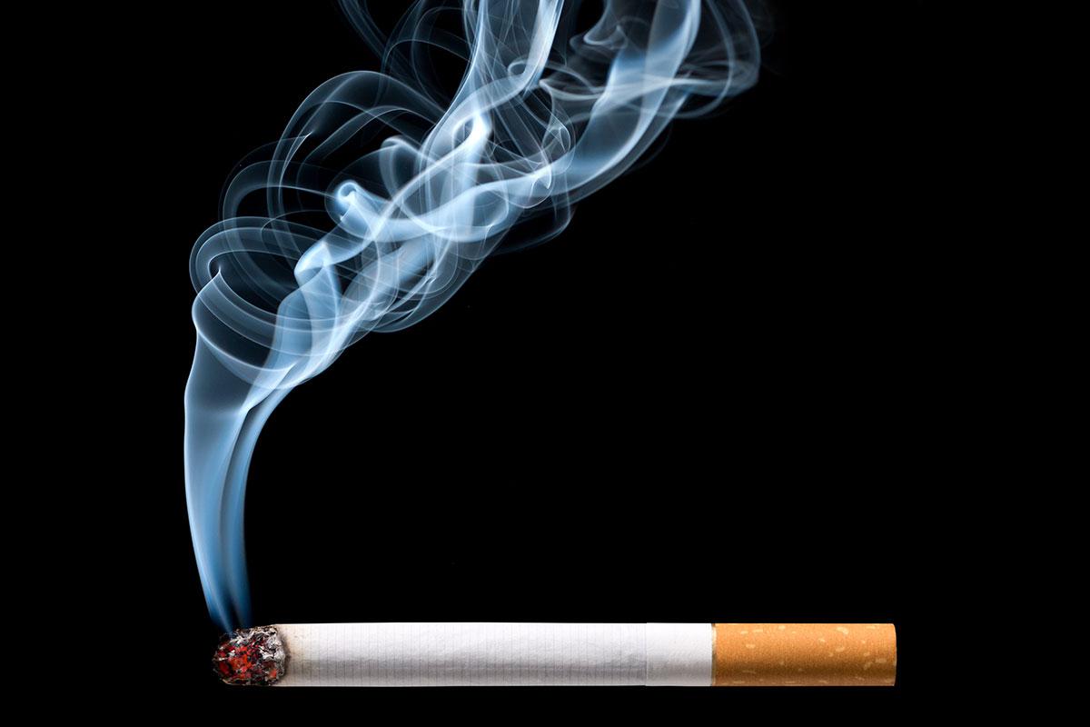 Cigarettes Bond versus cigarettes Kool