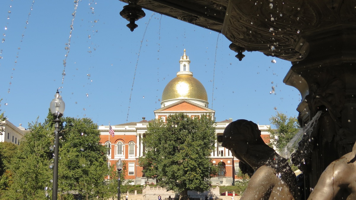 State House photo uploaded by Robert Linsdell on Flickr