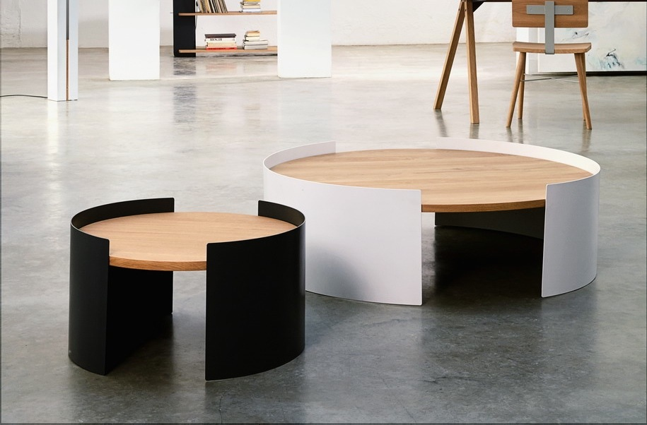 2 moon tables