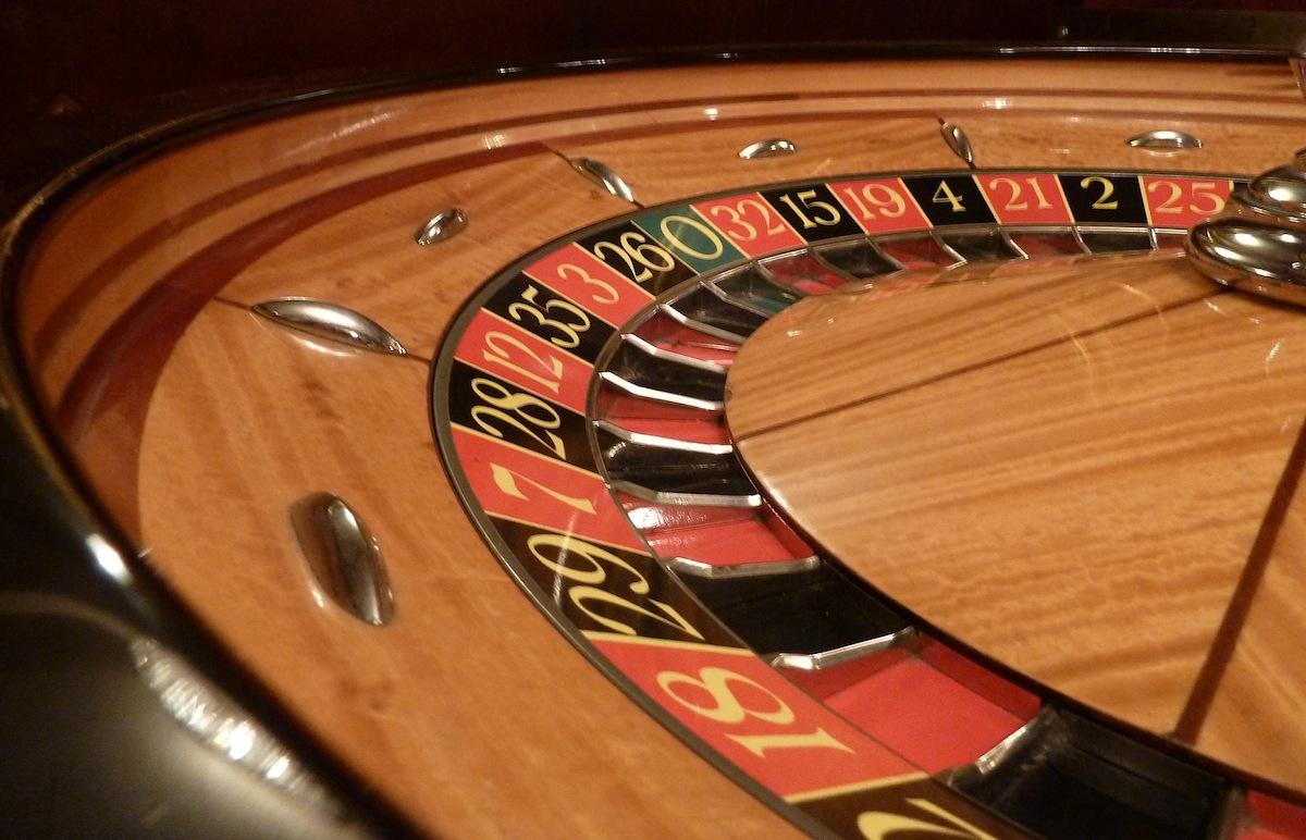 Gambling photo by Zdenko Zivkovic on flickr