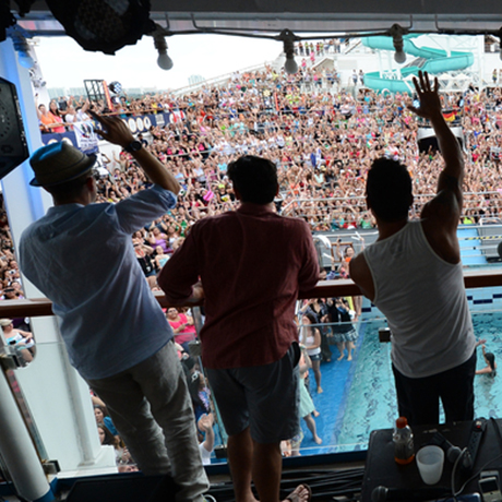 Five Types Of Fans You Ll Find On The New Kids On The Block 2014 Cruise Boston Magazine
