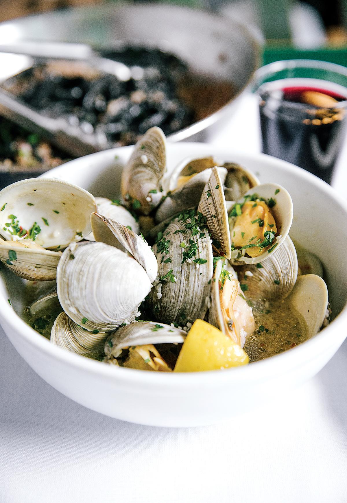 seafood restaurants boston ma 5