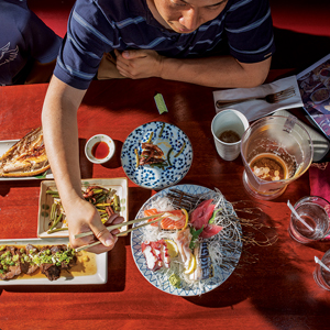 restaurantsAndFood