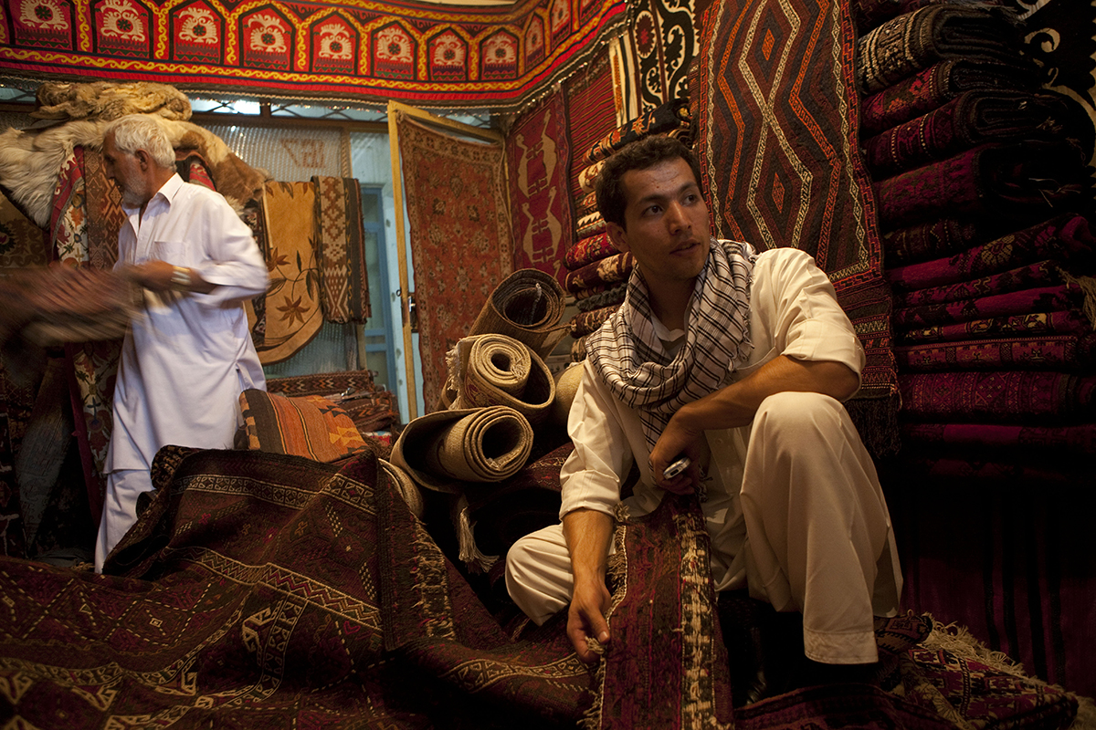 Qais Akbar Omar 1