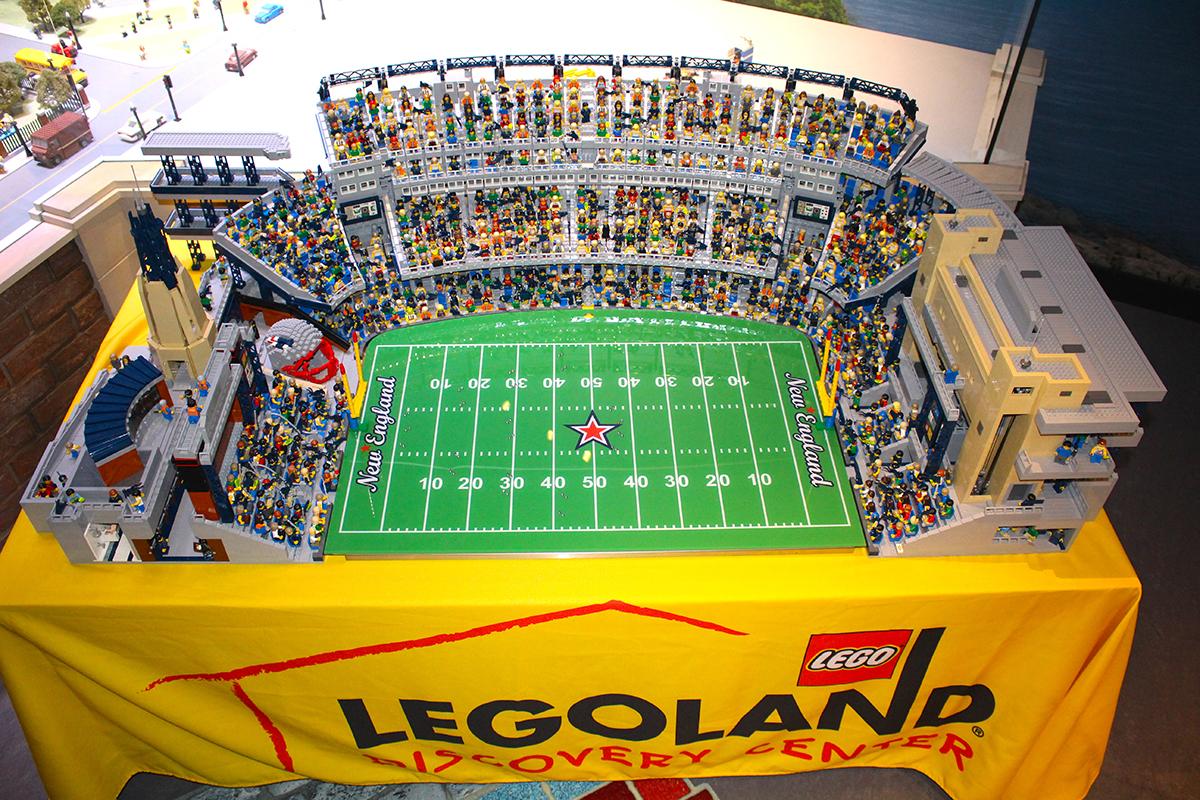 Legoland discovery center makes replica of gillette for Replica mobel england