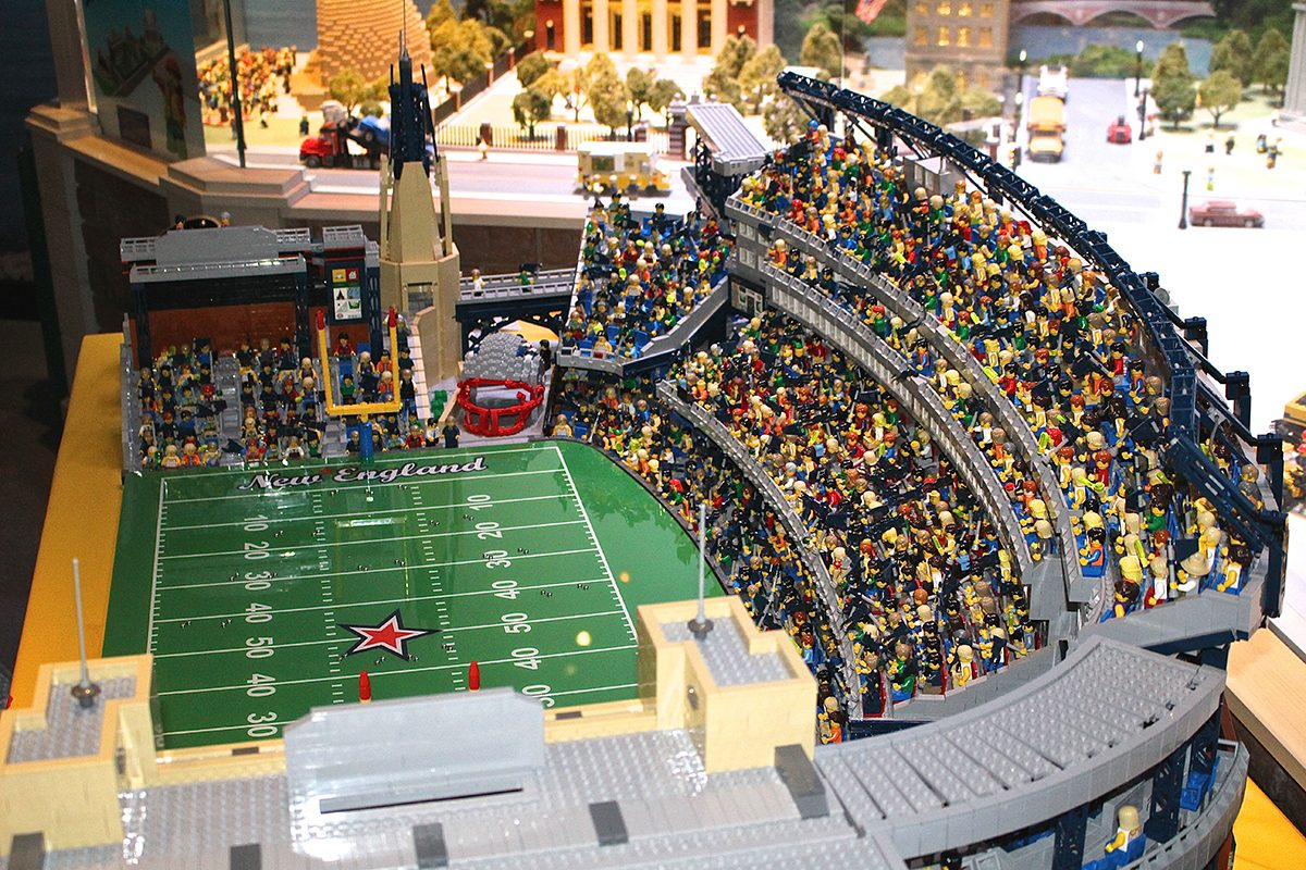 Legoland Discovery Center Makes Replica Of Gillette