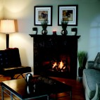 A TAHOE LUXURY DIRECT VENT FIREPLACE. PHOTO PROVIDED.