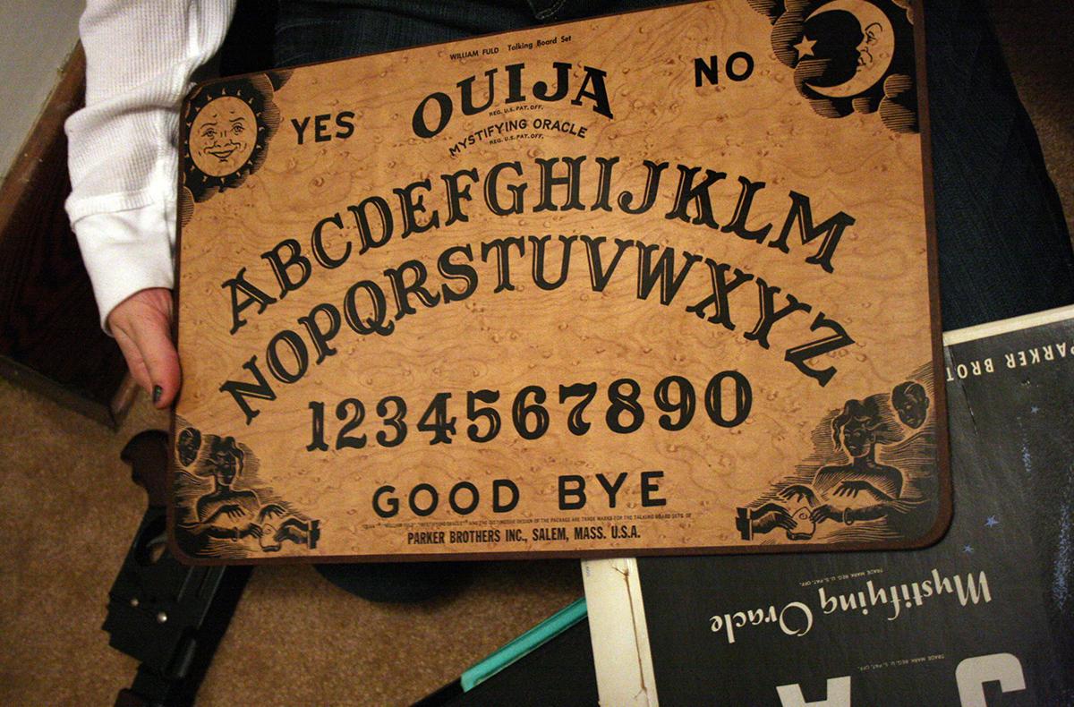 Ouija board photo uploaded by jmawork on Flickr