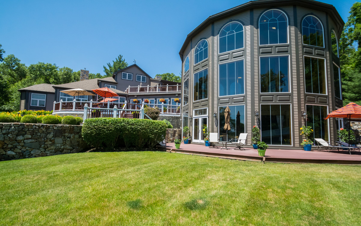 This Andover Home Has a Full-Size Indoor Basketball Court – Boston ...