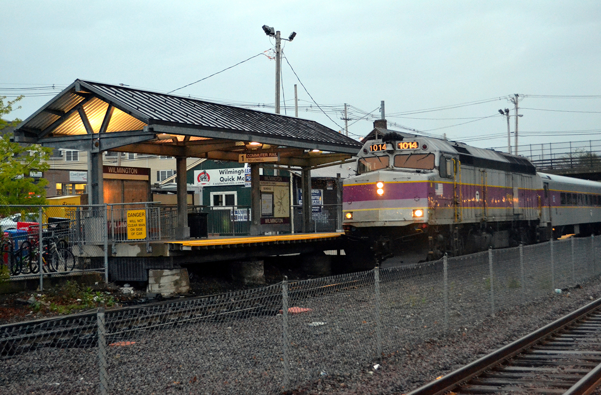 Commuter Rail photo Uploaded by Anon E. Moose on Flickr