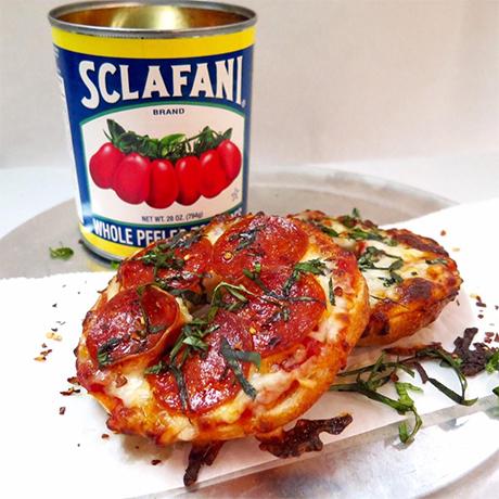 pizza bagel sq