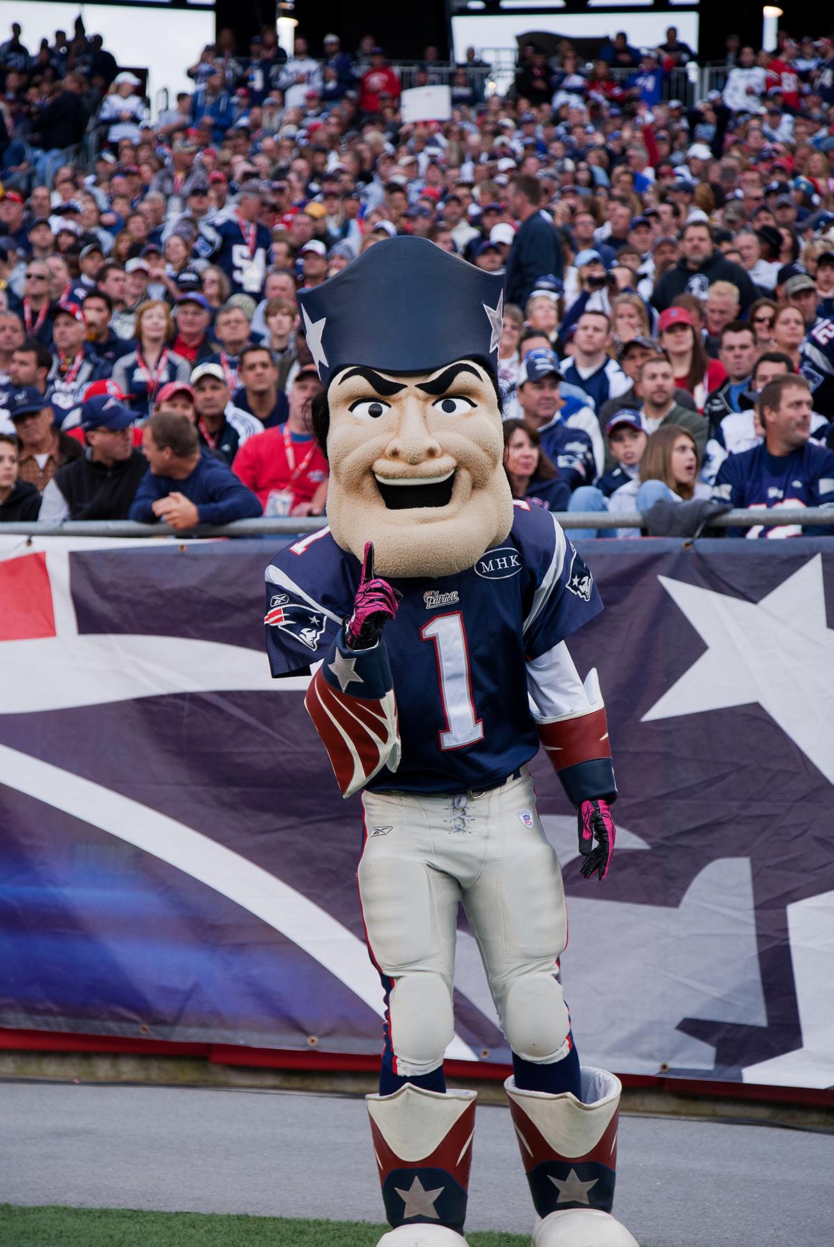 pat the patriots mascot