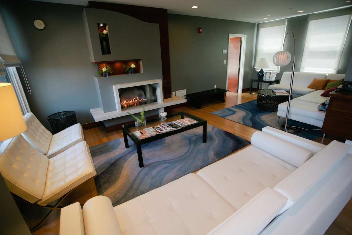 Penthouse Lounge at G2O Spa + Salon/Photo by Brian Samuels