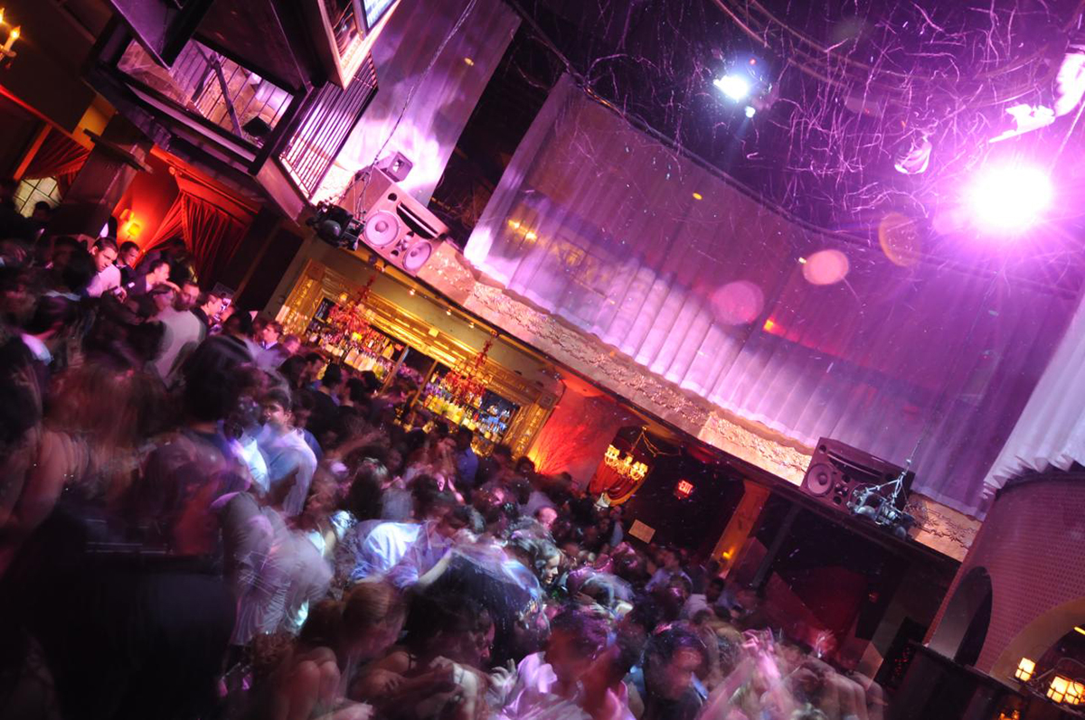 Club boston mp4 galleries 81