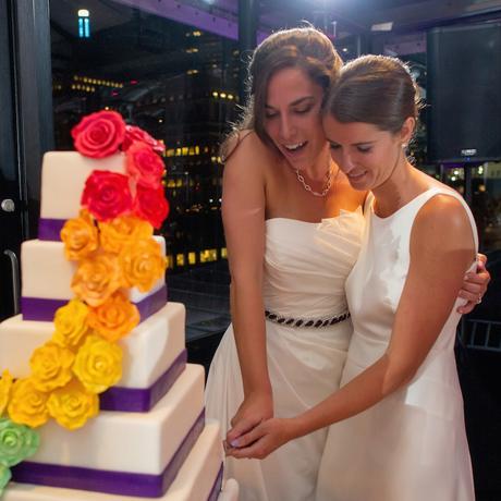460 Crissy + Ellen Wedding cake cutting