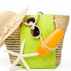 460 shutterstock_beach bag