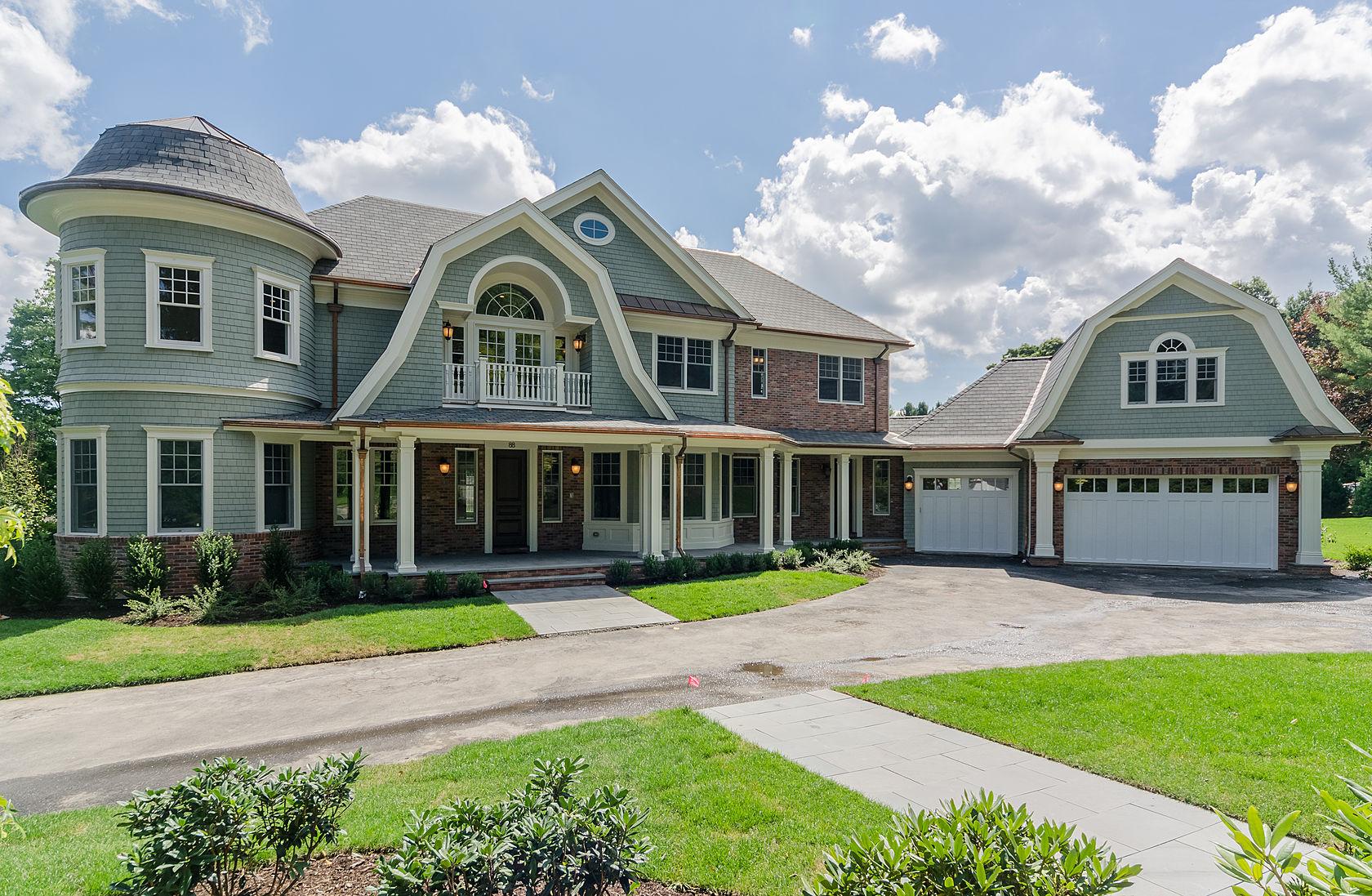 nantucket shingle style home - Nantucket Style House