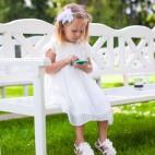 460 shutterstock_adorabel little girl at wedding ceremony