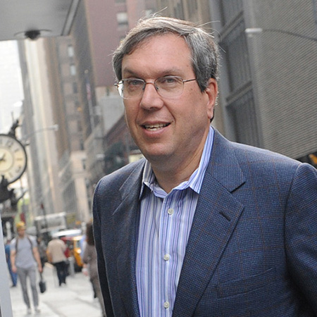 NFL Player Association attorney Jeffrey Kessler enters a Manhattan law office, Friday, July 8, 2011, in New York.  Members of the NFL Players' Association executive board and owners are meeting Friday in hopes of resolving a lockout that began in March. (AP Photo/ Louis Lanzano)