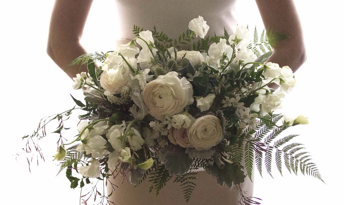 The horizontal bouquet adds a new dimension to your wedding flowers photograph courtesy of winston flowers izmirmasajfo